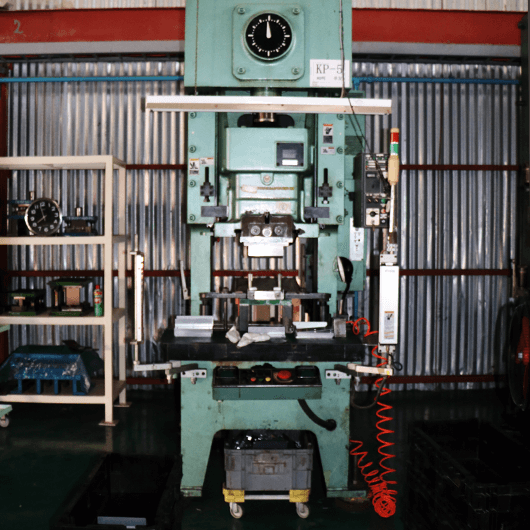 Single presses 80t : Qty 2 (made by Washino engineering)